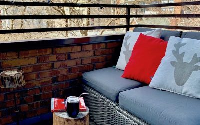 Interior design ideas for a small city balcony